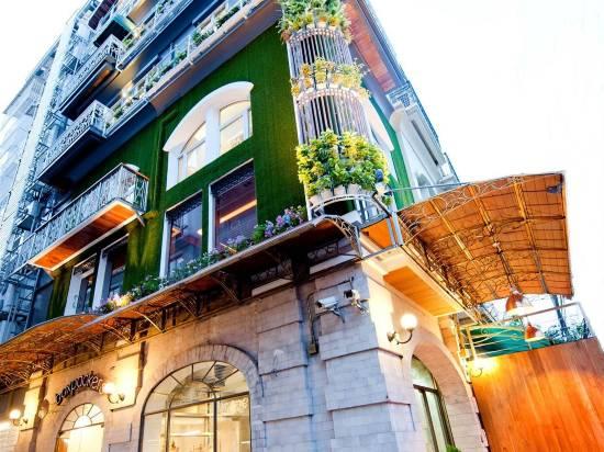 曼谷盒子揹包客旅舍