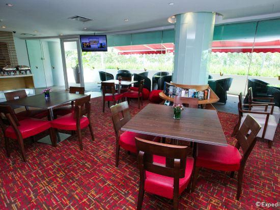 新加坡悅樂樟宜酒店(Village Hotel Changi by Far East Hospitality)餐廳