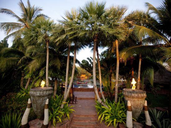 華欣安納塔拉度假酒店(Anantara Hua Hin Resort)瀉湖景精緻套房
