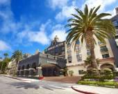 南洛杉磯國際機場希爾頓尊盛酒店