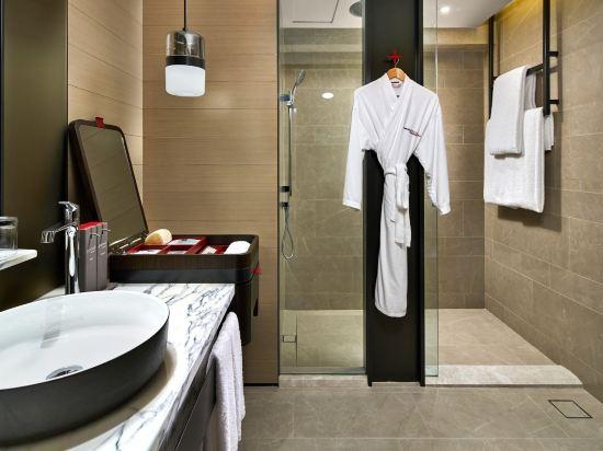 史丹福瑞士酒店(Swissotel the Stamford)尊貴房
