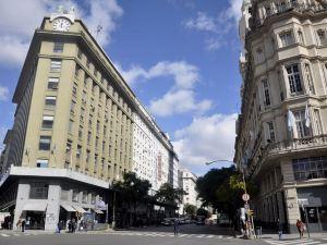 諾加羅562酒店