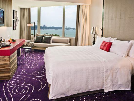 芭堤雅硬石酒店(Hard Rock Hotel Pattaya)海景俱樂部皇家房