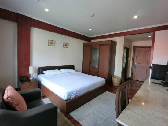 塘畔公寓式酒店