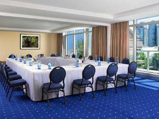 温哥華喜來登華爾中心酒店(Sheraton Vancouver Wall Centre)會議室