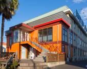 舞濱50年代家庭度假酒店