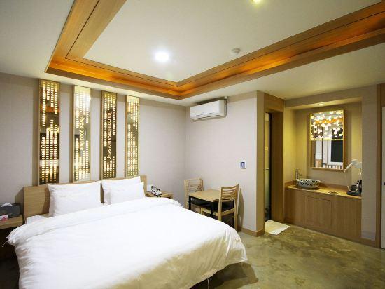 OZ温泉浴場酒店(Hotel OZ Oncheonjang)尊貴房