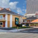 品質火烈鳥酒店(Quality Inn Flamingo)