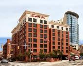 巴爾的摩市中心會議中心歡朋酒店