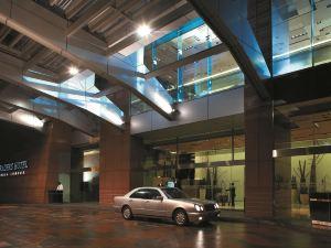吉隆坡盛貿飯店(Traders Hotel, Kuala Lumpur)