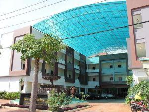 西哈努克港廣場酒店(Plaza Hotel Sihanouk Ville)