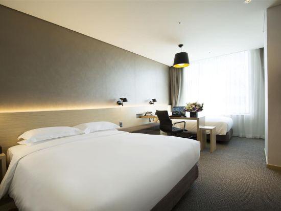 首爾東大門貝斯特韋斯特阿里郎希爾酒店(Best Western Arirang Hill Dongdaemun)豪華家庭雙床房