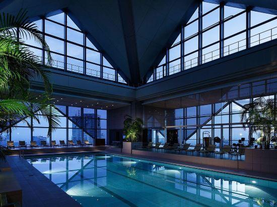 東京柏悅酒店(Park Hyatt Tokyo)室內游泳池