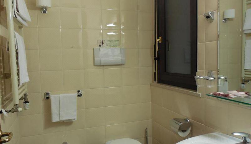 Hotel Ristorante le Terrazze Sul Gargano, Hotel reviews, Room rates ...