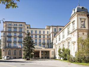 撈迪內拉雷納維多利亞酒店