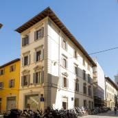 佛羅倫薩阿爾諾白歐套房旅館