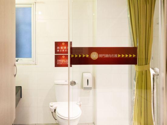 高雄壹品棧酒店(YPJ Hotel)雅逸雙床間