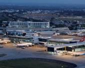 希拉瑪斯機場旅舍