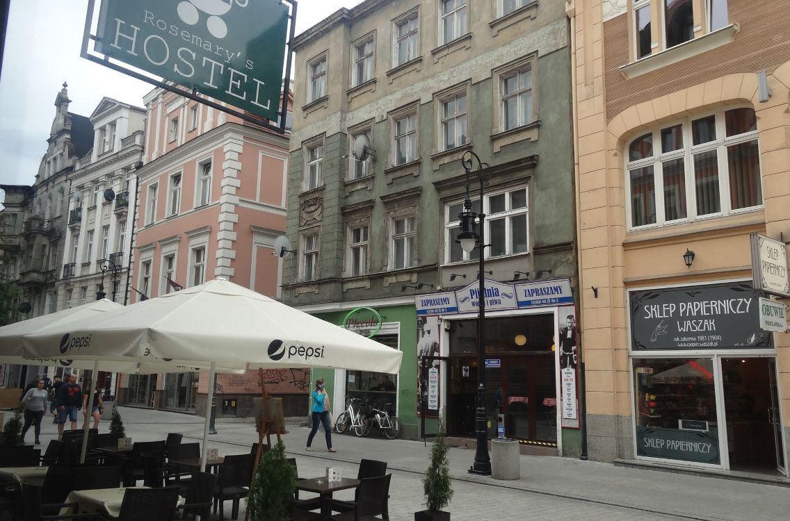 zniżki z fabryki znana marka tani Rosemary's Hostel, Hotel reviews and Room rates