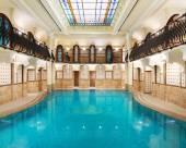 柯林地亞布達佩斯酒店