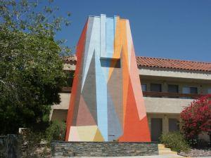 棕櫚泉夢露酒店(The Monroe Palm Springs)