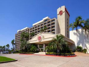 聖迭戈喜來登海濱酒店(Sheraton San Diego Hotel & Marina)