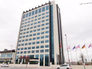 伊斯坦布爾瑪姆特貝克拉麗奧酒店(Clarion Hotel Istanbul Mahmutbey)