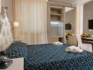 米德特拉尼奧酒店(Hotel Mediterraneo)