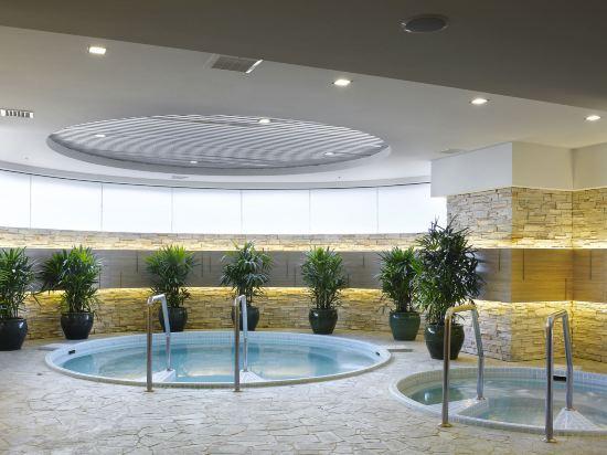 吉隆坡香格里拉大酒店(Shangri-La Hotel Kuala Lumpur)室內游泳池