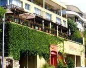 普釐米皇家旅館