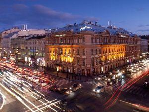 麗笙聖彼得堡皇家酒店(Radisson Royal Hotel)