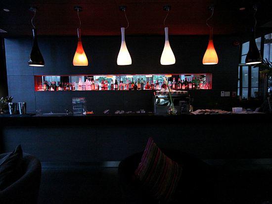 諾富特曼谷素坤逸酒店(Novotel Bangkok Ploenchit Sukhumvit)酒吧