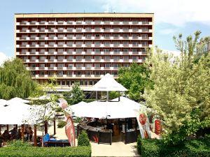 索非亞里拉酒店