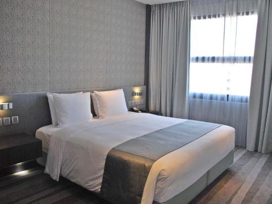 曼谷素坤逸假日酒店(Holiday Inn Bangkok Sukhumvit)行政套房