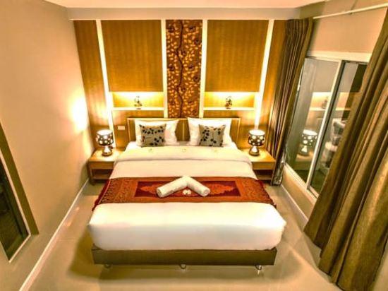 沙吞目標酒店(The Aim Sathorn Hotel)豪華房