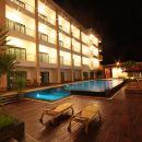 百諾肯套房度假酒店(Paragon Suites Resort)