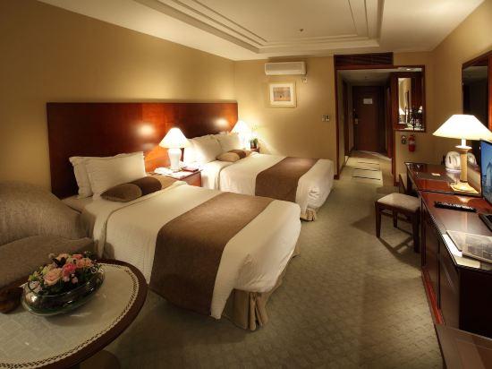 高利亞那酒店(Koreana Hotel)豪華雙床房