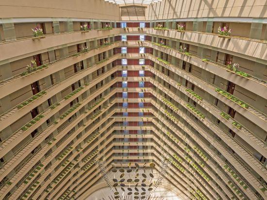 新加坡濱華大酒店(Marina Mandarin Singapore)外觀
