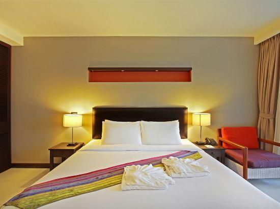 塞雷妮蒂華欣酒店(The Serenity Hua Hin)豪華池景房