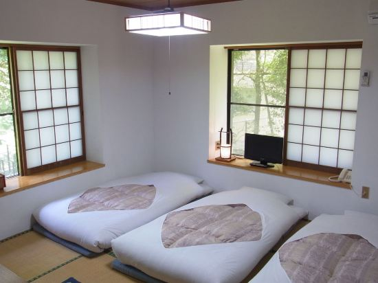 富士箱根旅館(Fuji-Hakone Guest House)四人房, 無煙房, 公共浴室 (RSVP for hot spring upon check-in)
