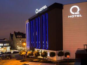 克拉特夫Q酒店