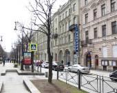 內維斯基藝術廳酒店