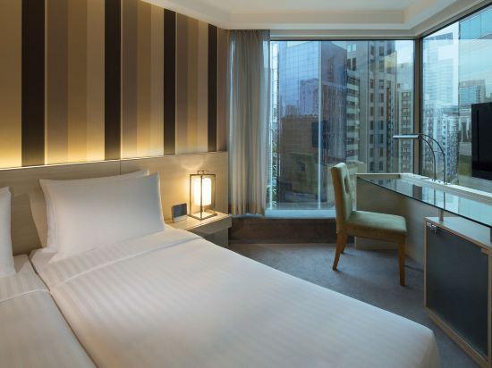 香港皇家太平洋酒店(The Royal Pacific Hotel and Towers)尊尚客房