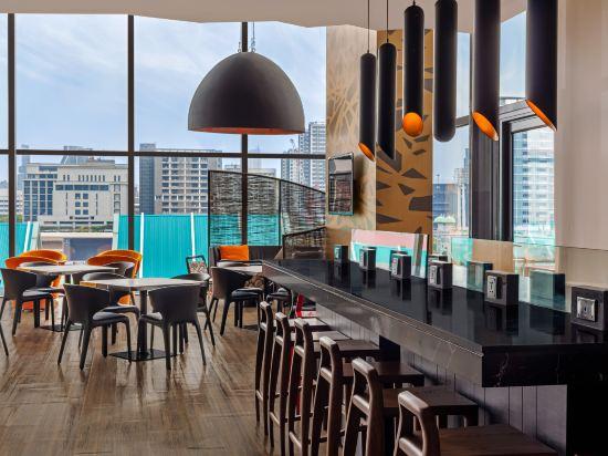 曼谷暹羅智選假日酒店(Holiday Inn Express Bangkok Siam)餐廳