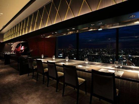 大阪蒙特利格拉斯米爾酒店(Hotel Monterey Grasmere Osaka)酒吧