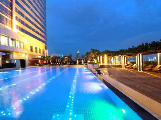 曼谷帕色哇公主酒店(Pathumwan Princess Hotel)室外游泳池