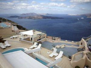 聖托里尼神洞水療套房酒店(Suites of The Gods Cave Spa Hotel Santorini)