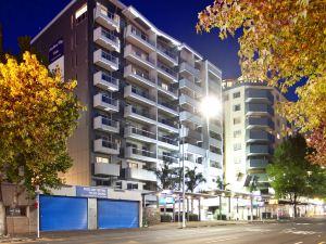 奧克蘭城市橡樹公寓酒店(Auckland City Oaks Serviced Apartments)