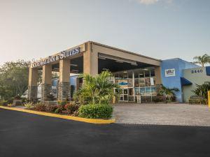 勞德代爾堡機場及郵輪碼頭羅德威旅館及套房酒店(Rodeway Inn & Suites Fort Lauderdale Airport & Cruise Port)
