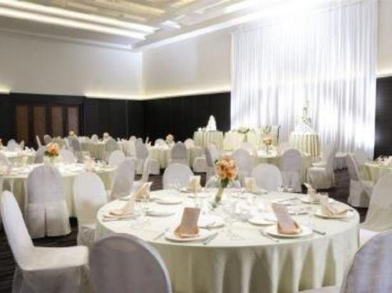 札幌艾米西亞酒店(Hotel Emisia Sapporo)餐廳